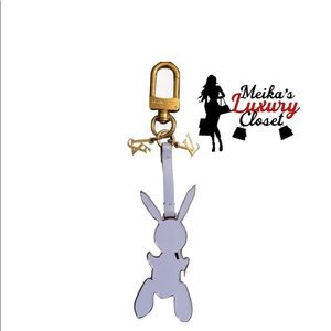 ✨Limited✨ Louis Vuitton masters charm jef koons